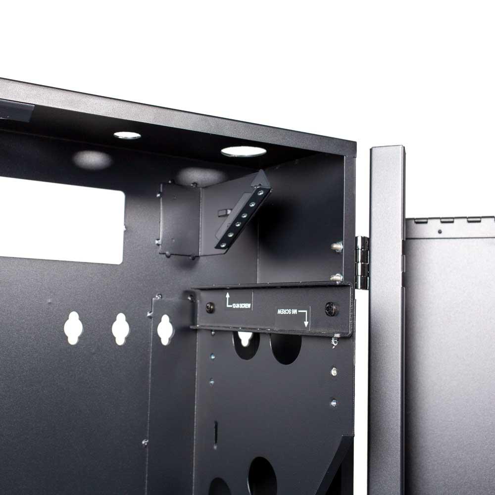Adjustable vertical mounting bracket